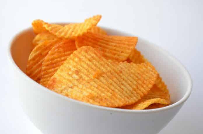 Dürfen Hunde Chips essen